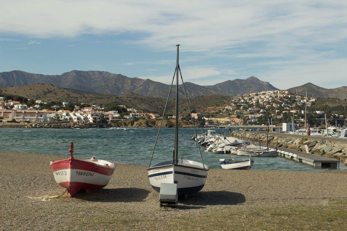 Foto d'estoc gratuïta de badia, barques, cases
