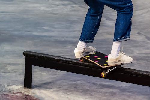 คลังภาพถ่ายฟรี ของ การเล่นสเกตบอร์ด, นักเล่นสเกต, รองเท้า