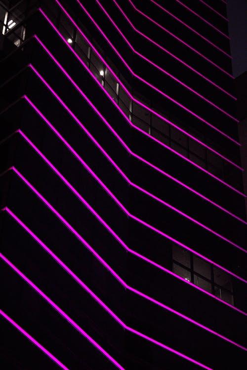 Imagine de stoc gratuită din clădire, exterior de clădire, lumină de neon, lumini de neon