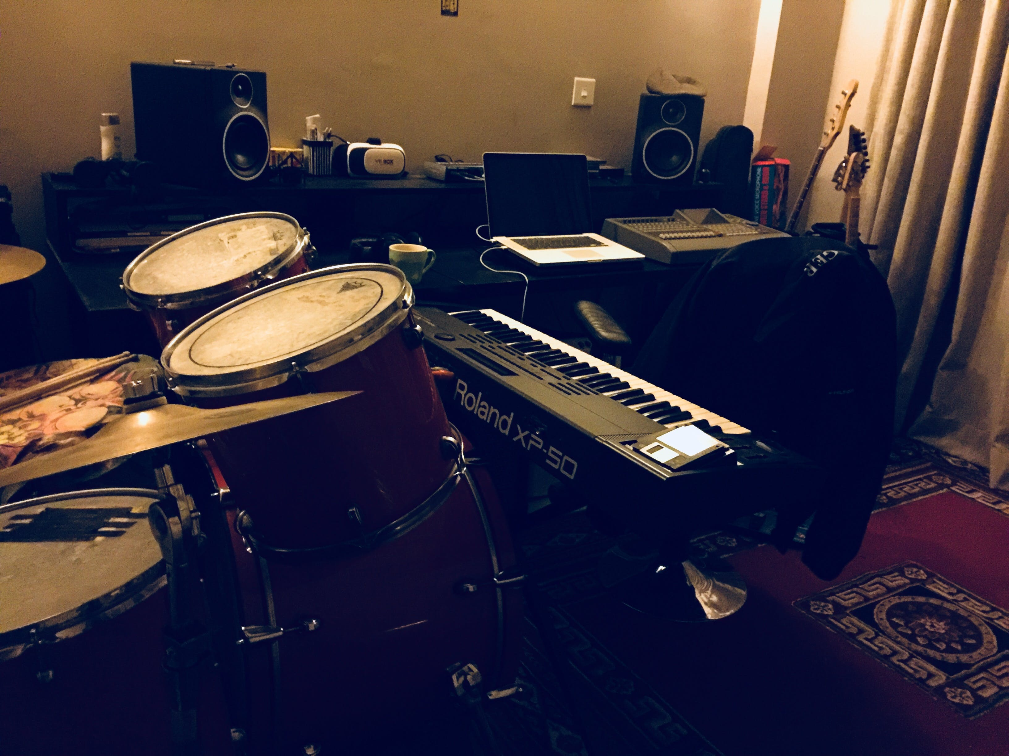 Free stock photo of drums, keyboards, music, musical instruments