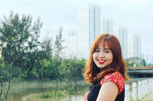 Ingyenes stockfotó ázsiai lány, ázsiai nő, fák, lány témában