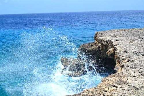 Photos gratuites de bord de mer, côte, eau, éclaboussure