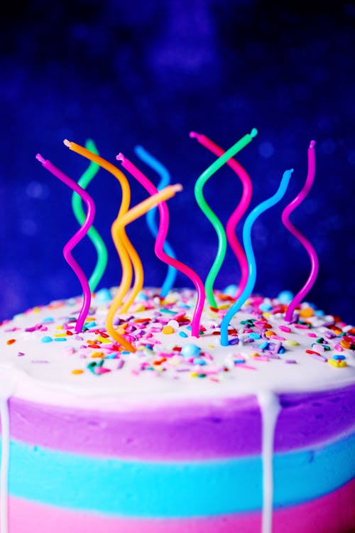 Photos gratuites de bougies, cake, coloré