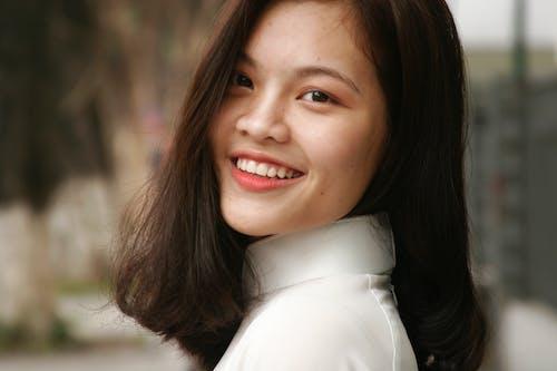 アジアの女性, アジア人の女の子, ほほえむ, 人の無料の写真素材