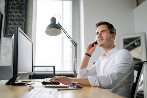 Gratis stockfoto met call center agent, callcenter, computer