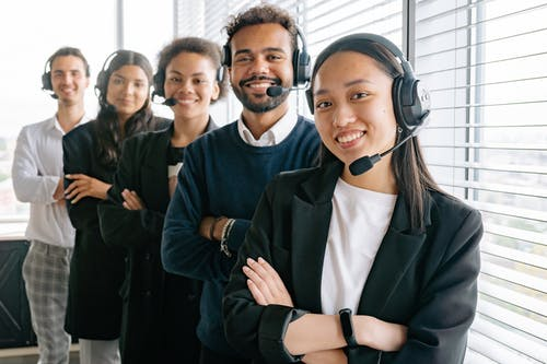 Gratis stockfoto met blij, callcenter, divers