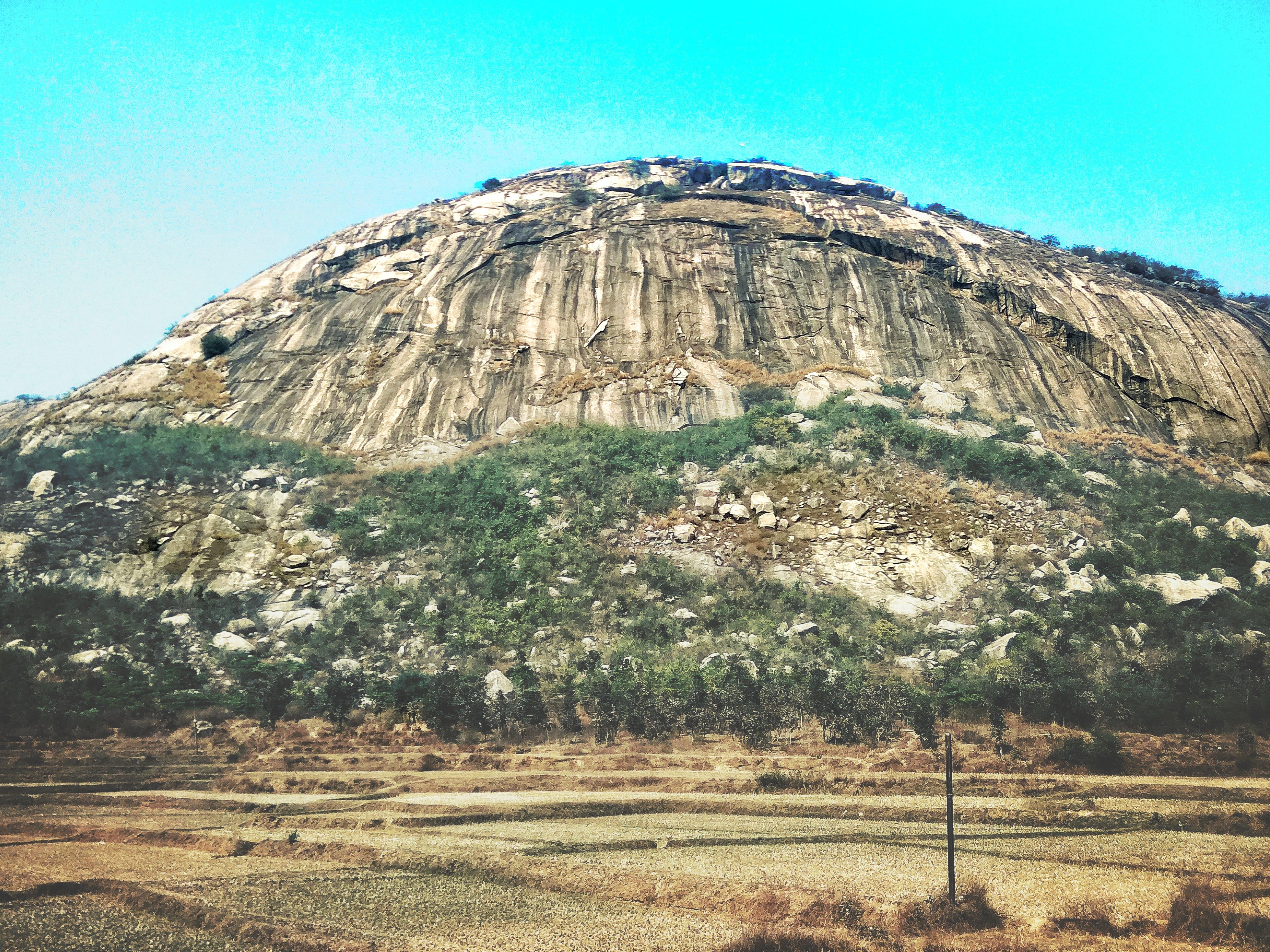 Foto d'estoc gratuïta de #mobilechallenge, edifici abandonat alguns, muntanya, muntanya rocallosa