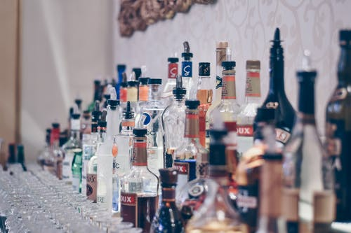 Free stock photo of alcohol, alcohol bottles, bar, bartender