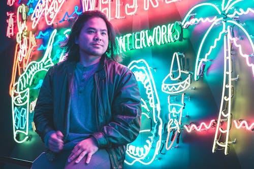 LED, 간판, 나이트클럽, 남자의 무료 스톡 사진