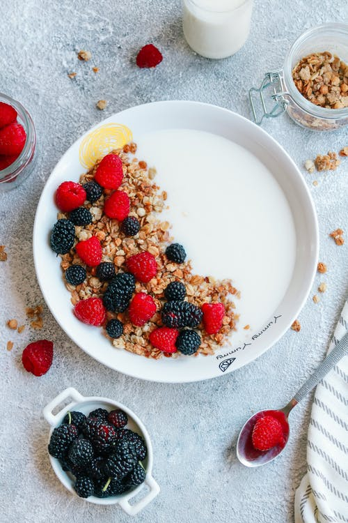 Δωρεάν στοκ φωτογραφιών με blackberries, blackberry, breakfast flatlay