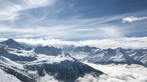 Gratis arkivbilde med dagslys, dagtid, fjell, fjelltopp