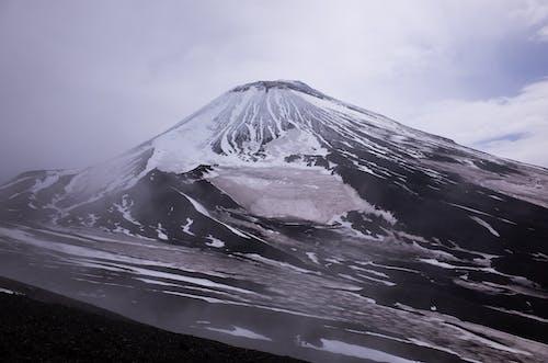 Δωρεάν στοκ φωτογραφιών με ασπρόμαυρο, βουνό, ηφαίστειο