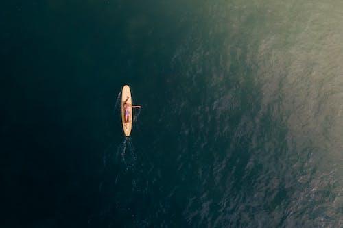 Immagine gratuita di acqua, atmosfera estiva, bikini