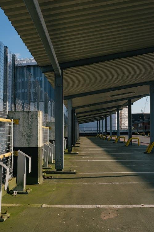Kostnadsfri bild av arkitektur, bil, bro