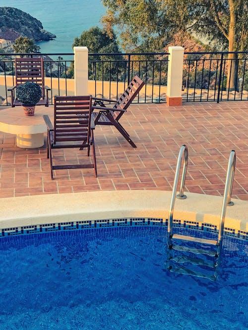 Бесплатное стоковое фото с активный отдых, бассейн, вид с балкона