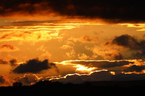 Immagine gratuita di cielo drammatico, crepuscolo, fotografia con le nuvole