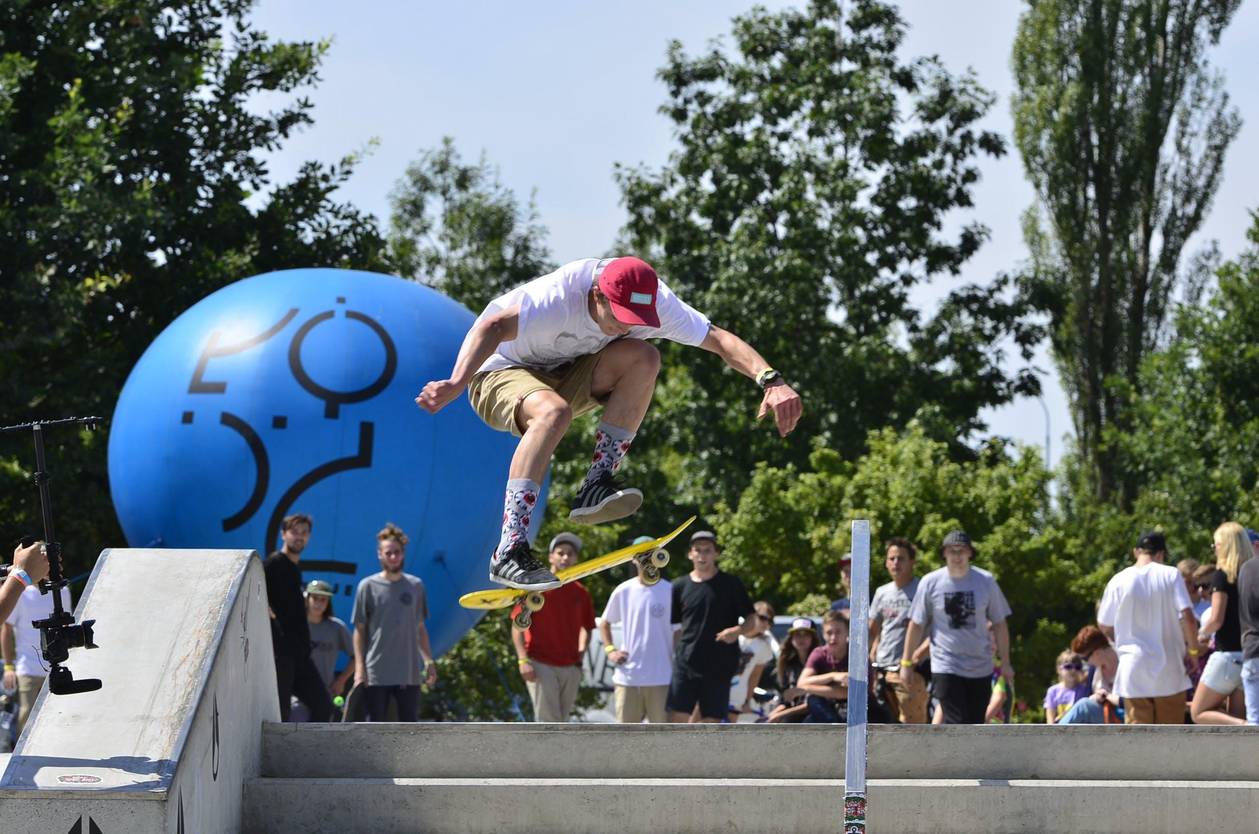 Free stock photo of Konrad Ciężki, skateboard, skateboarder, skateboarding