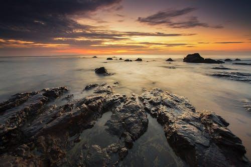 Δωρεάν στοκ φωτογραφιών με Ανατολή ηλίου, βράχια, δύση του ηλίου, θάλασσα