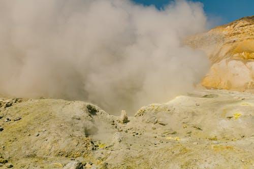 Δωρεάν στοκ φωτογραφιών με rock, ατμός, βουνό