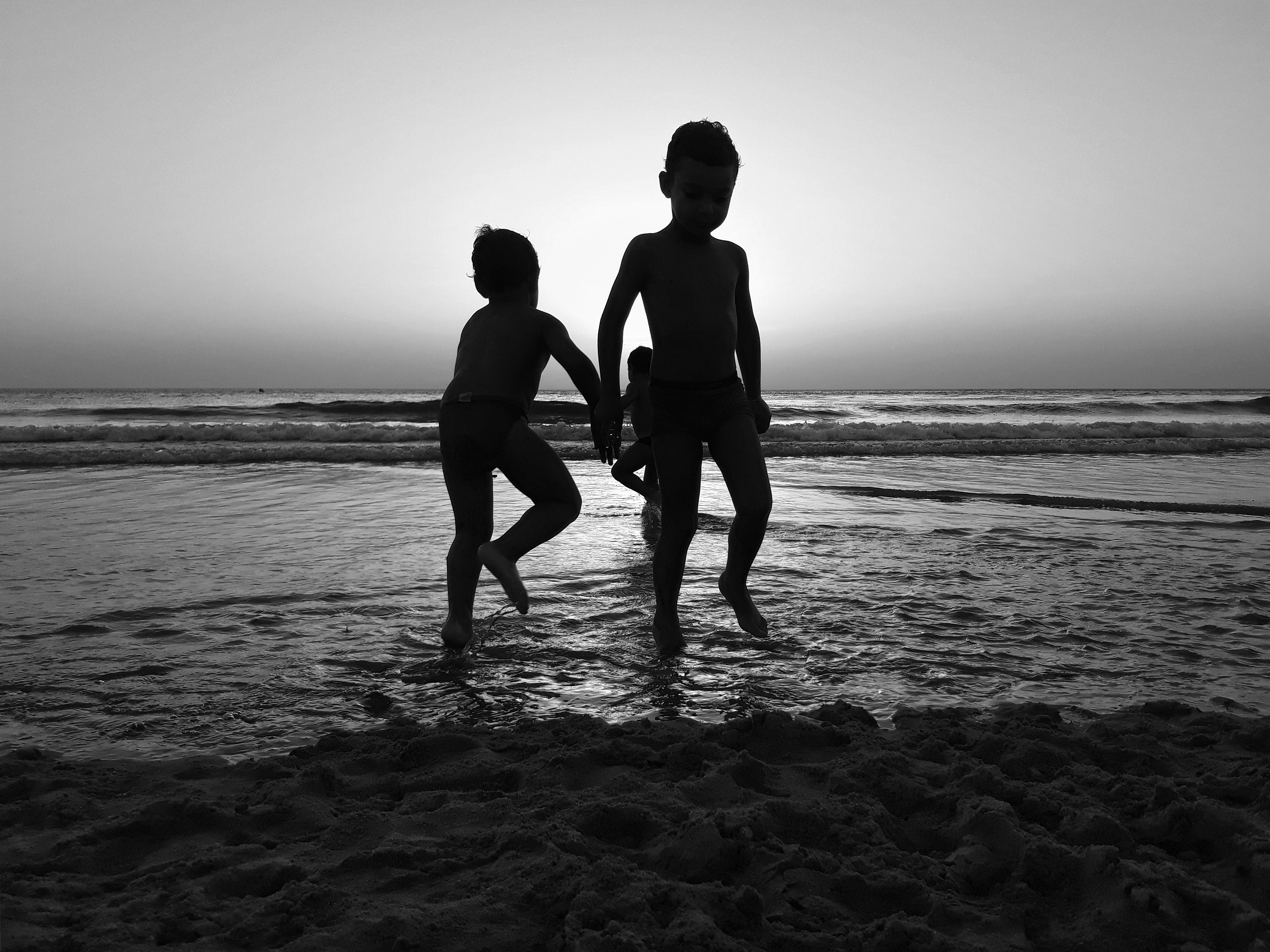 Free stock photo of sunset, beach, child, black and white
