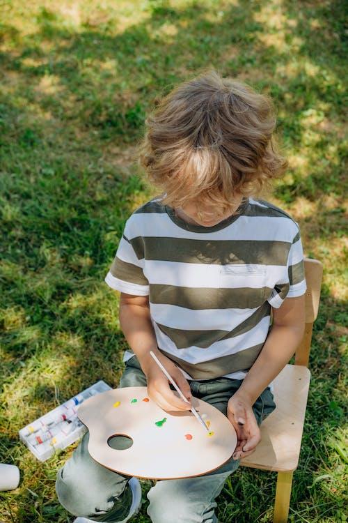 boya fırçası, boyama, çocuk içeren Ücretsiz stok fotoğraf