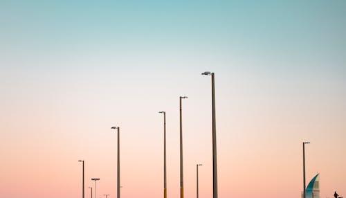 คลังภาพถ่ายฟรี ของ #lightpost, #sky, #อาคาร