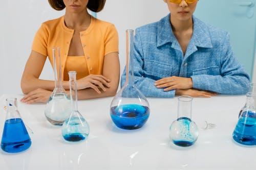 Gratis lagerfoto af beskyttelsesbriller, eksperiment, forskere