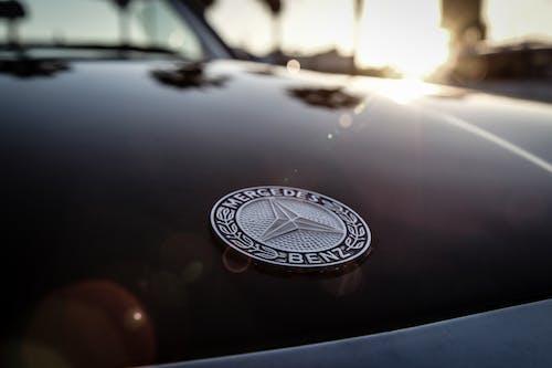 Ilmainen kuvapankkikuva tunnisteilla ajoneuvo, auto, auton konepelti, Klassinen