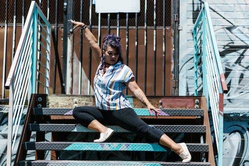 Gratis stockfoto met danser, fotomodel, leuningen