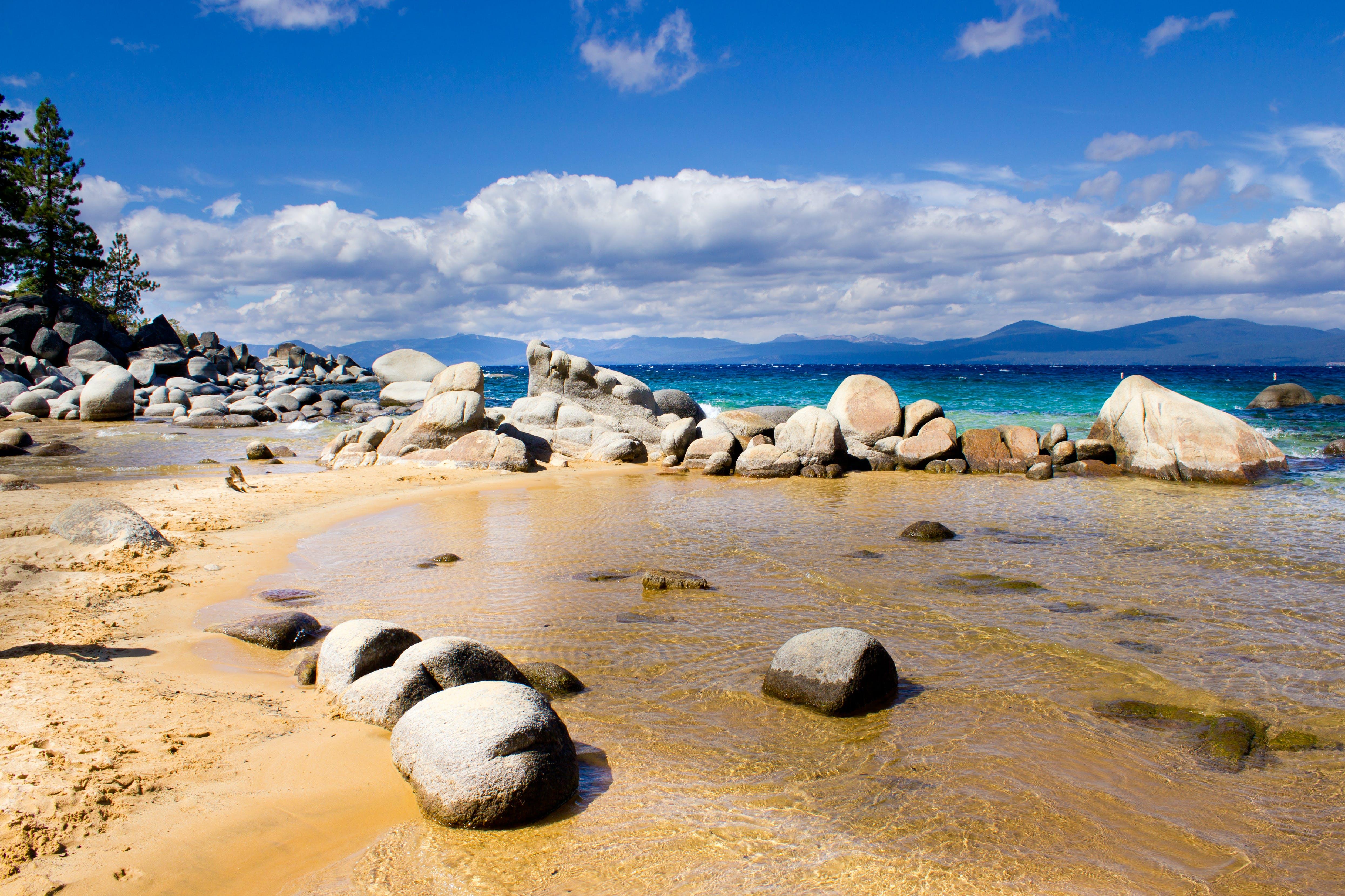 Kostenloses Stock Foto zu lake tahoe, sandiger bergkammstrand, strand