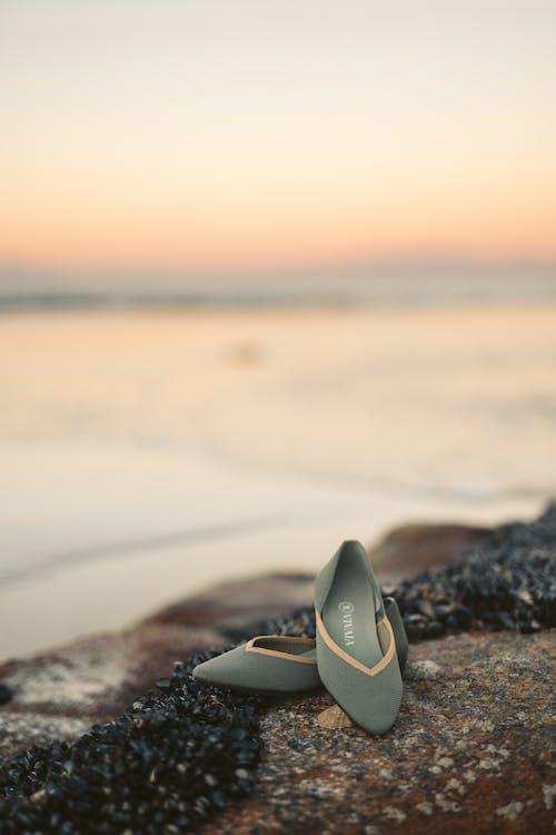 一雙鞋, 假期, 光反射 的 免費圖庫相片