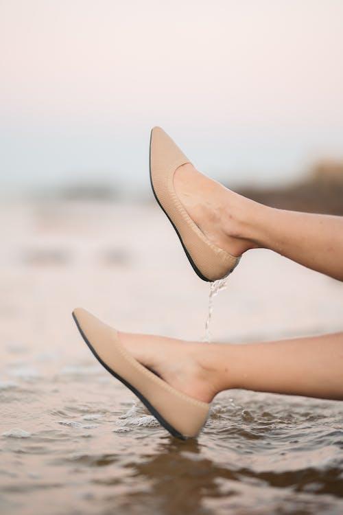 H2O, 一雙鞋, 呎 的 免費圖庫相片