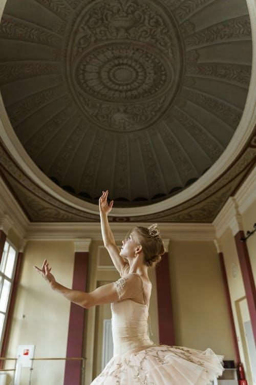 antrenman, bale, balerin içeren Ücretsiz stok fotoğraf