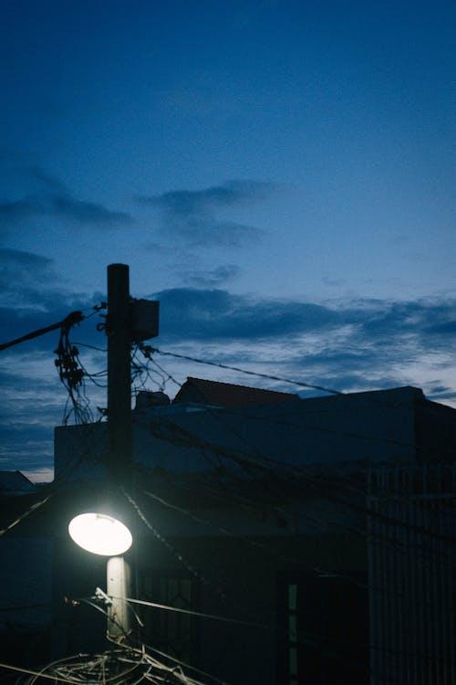 Gratis stockfoto met hemel, lantaarn, lantarenpaal