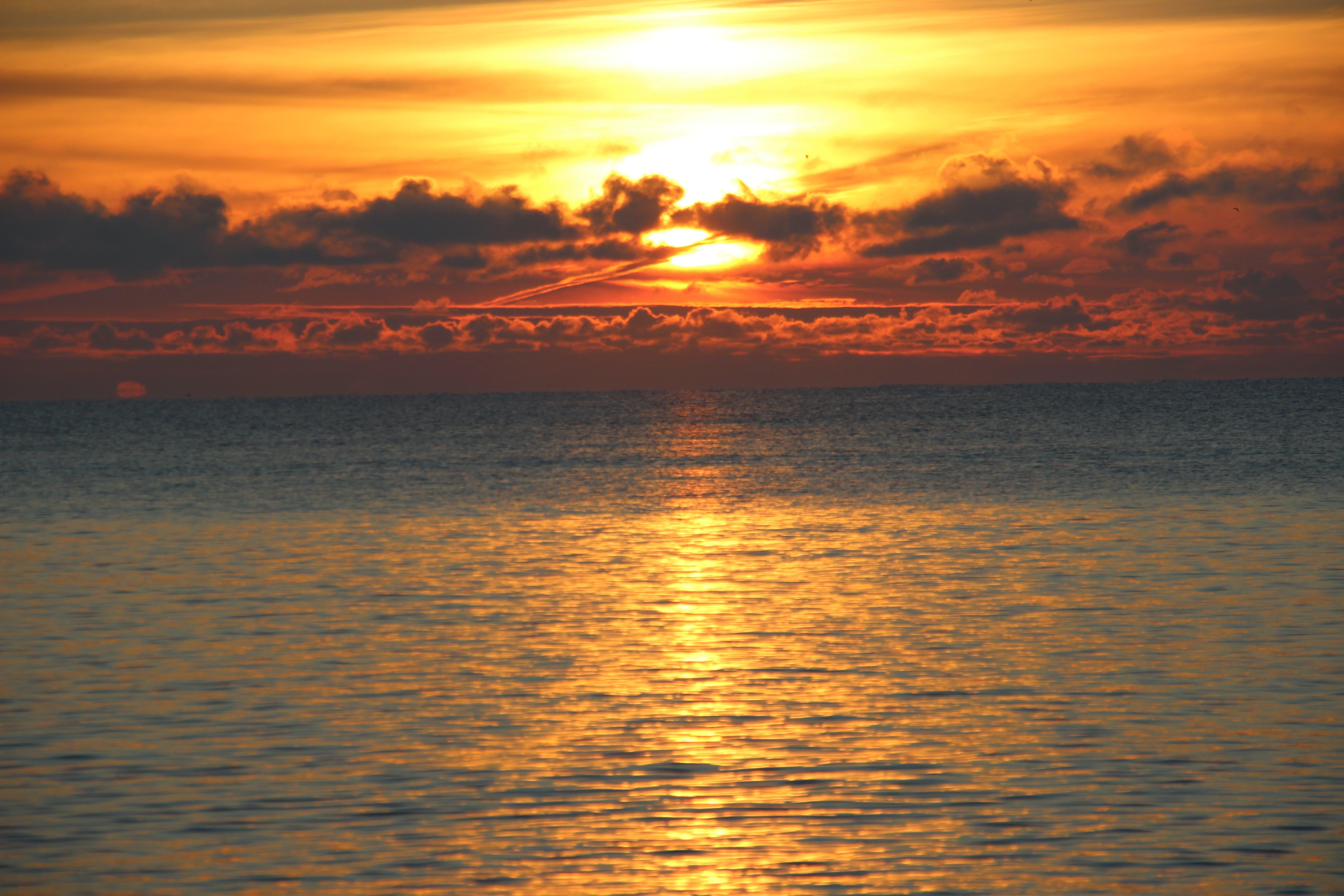 Free stock photo of clouds, evening sun, evening-sky, golden sunset