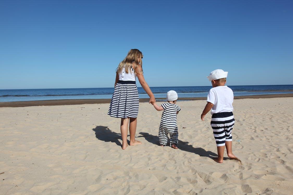 aurinkoinen, hiekka, hiekkaranta