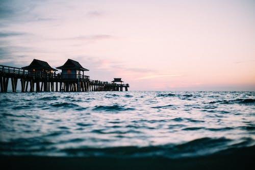Foto d'estoc gratuïta de a l'aire lliure, aigua, cel, mar