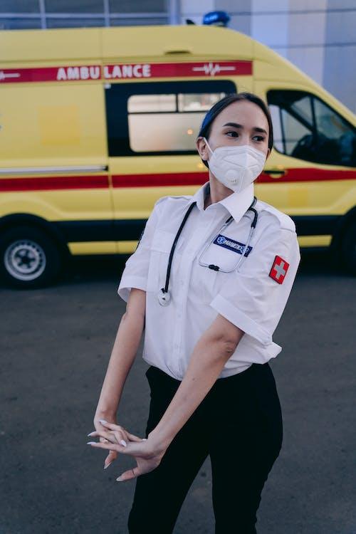 Kostnadsfri bild av ambulans, arbete, bil