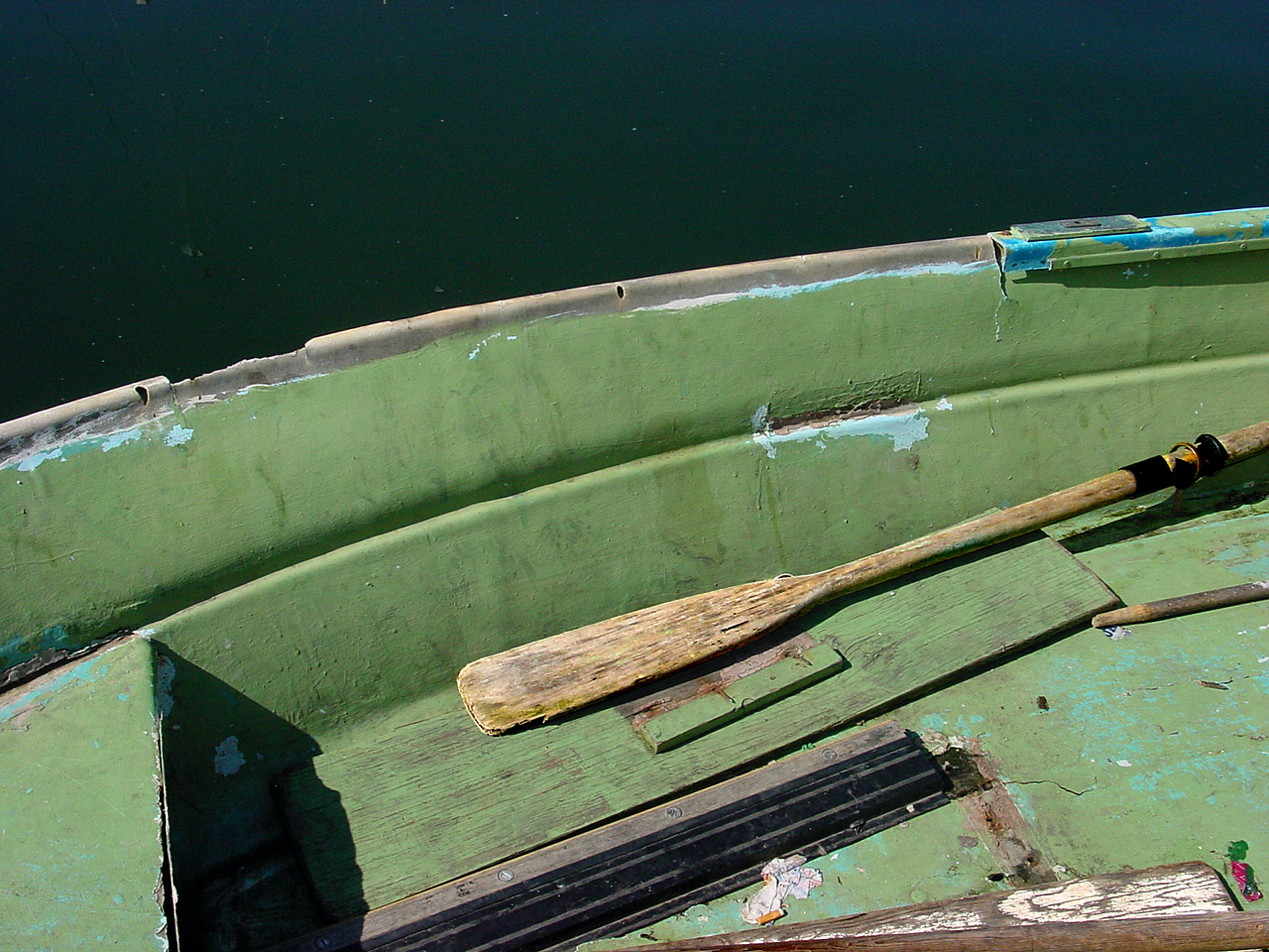 Free stock photo of Green dingy oar
