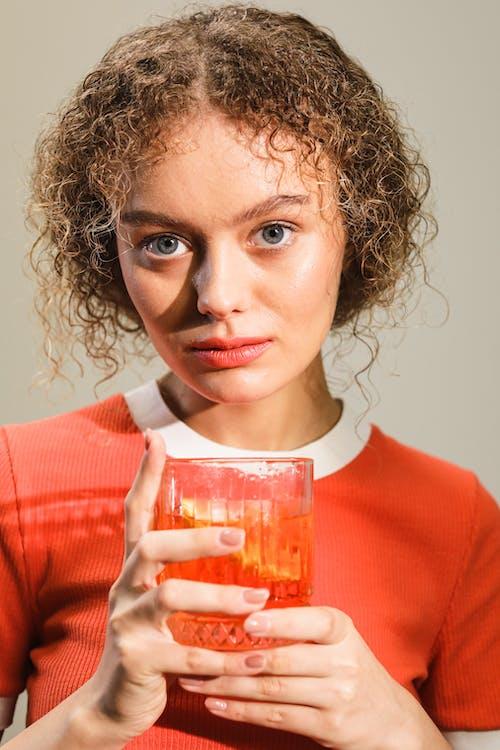 Kostenloses Stock Foto zu alkoholisches getränk, auge, cocktail