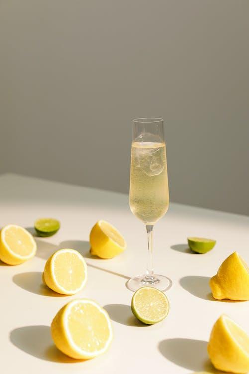Kostenloses Stock Foto zu alkoholisches getränk, cool, essen