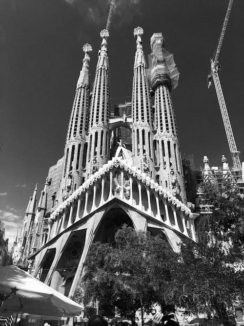 Gratis stockfoto met architectuur, eenkleurig