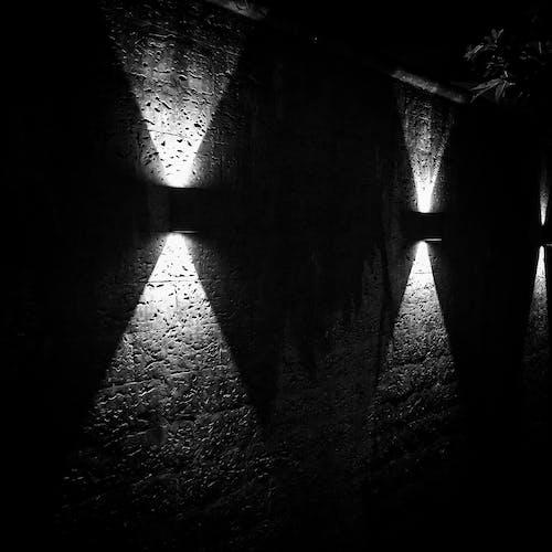 Gratis stockfoto met eenkleurig, lampen, schaduwen