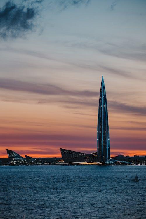 Бесплатное стоковое фото с архитектура, башня, вертикальный выстрел