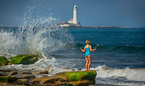 Ilmainen kuvapankkikuva tunnisteilla aalto, hiekkaranta, ihmiset