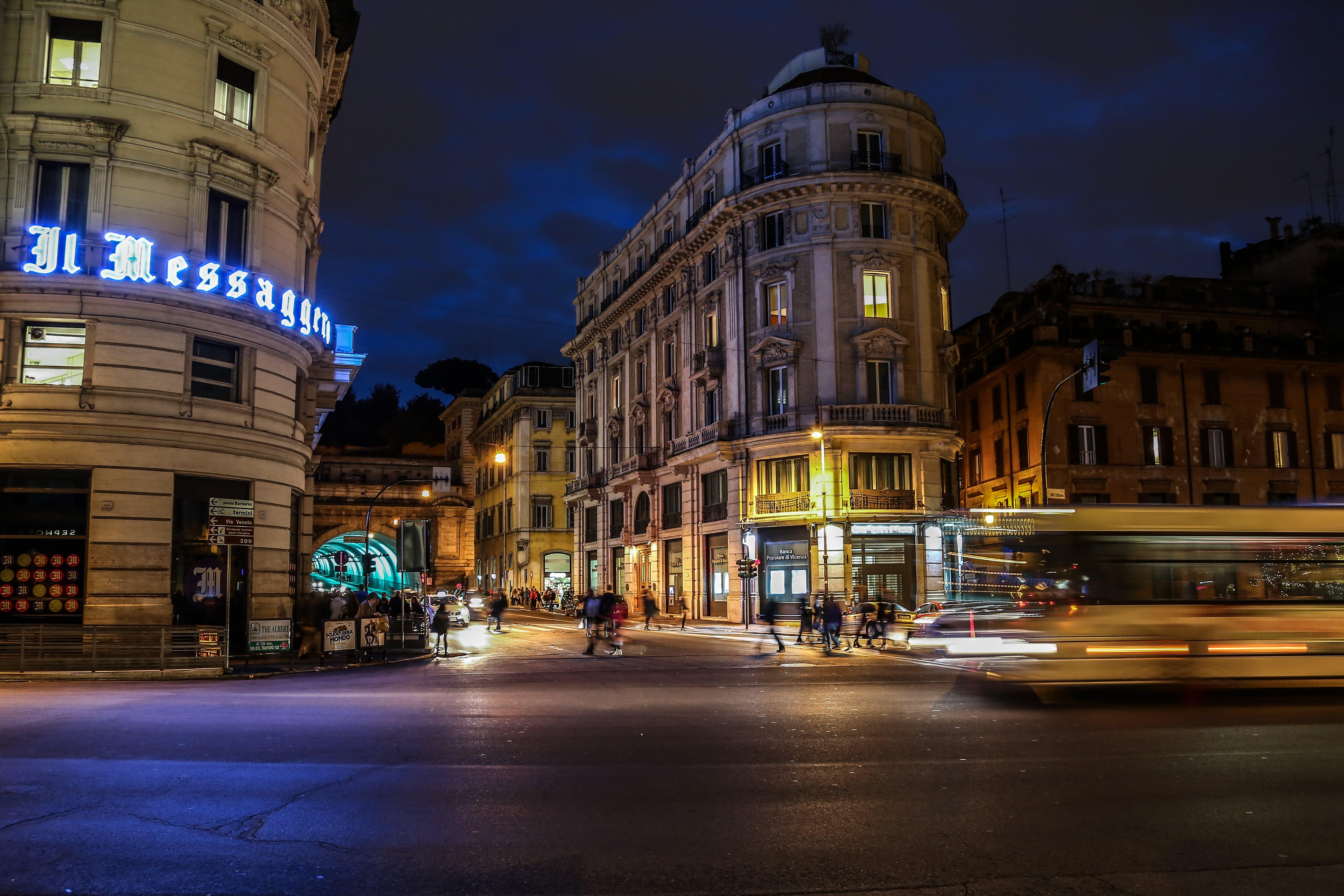 akşam, binalar, gece, hızlandırılmış içeren Ücretsiz stok fotoğraf