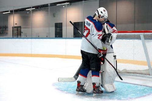 Kostenloses Stock Foto zu athleten, eishockey, hockeyplatz
