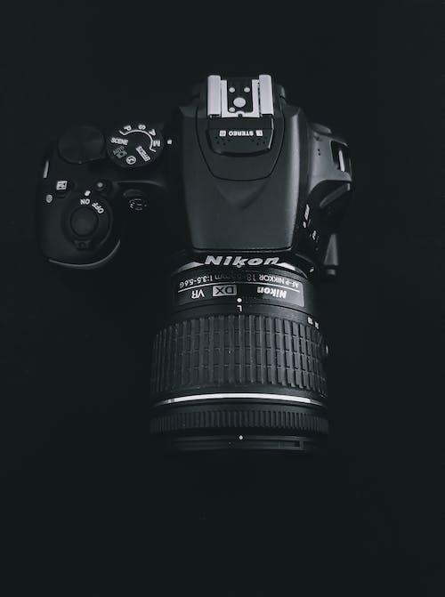 Kostenloses Stock Foto zu digitalkamera, dslr hintergrund, dslr-kamera