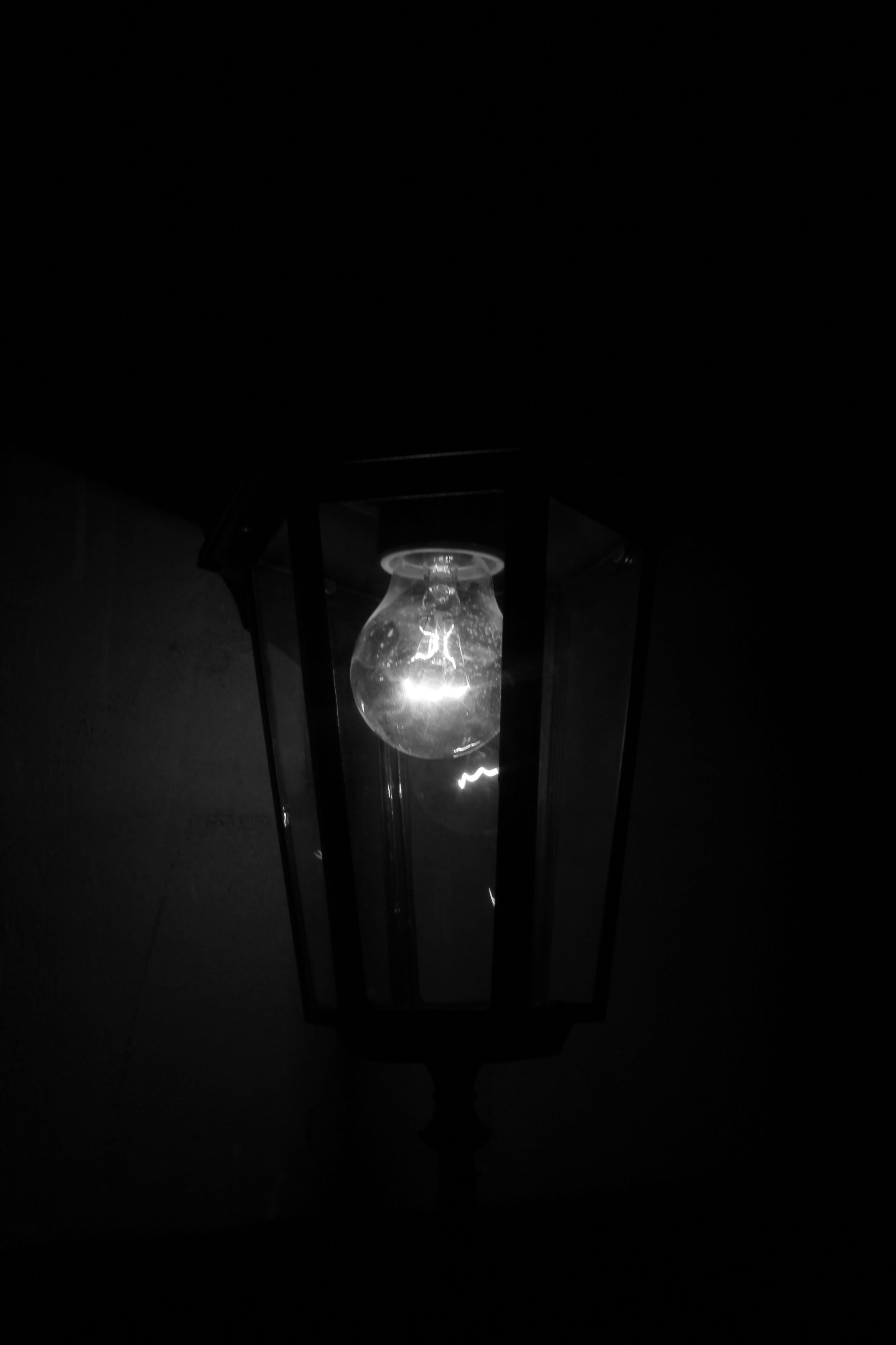 Free stock photo of black and white, lamp