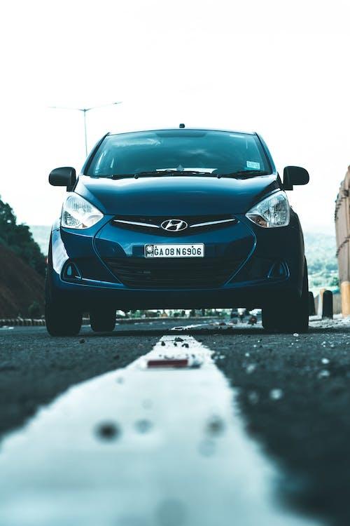 Kostenloses Stock Foto zu asphalt, auto, automobil